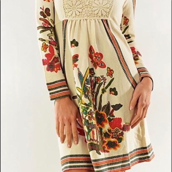 9ce3e0589425e Anthropologie Dresses   Skirts - Anthropologie Aryeh Sweater Dress Size M